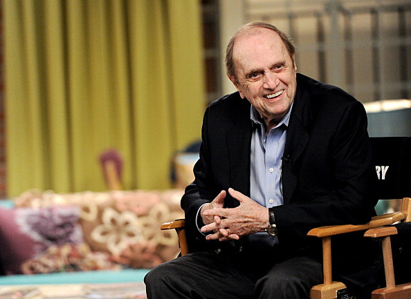 "Bob Newhart appears on the set of ""The Big Bang Theory"""