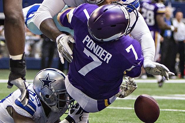 Ponder crushed against Cowboys on November 3, 2013