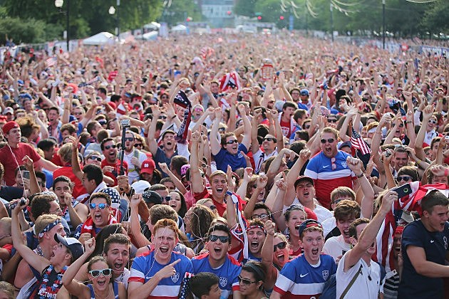 Soccer Fans Gather in Chicago To Watch U.S. Play Portugal In World Cup Match