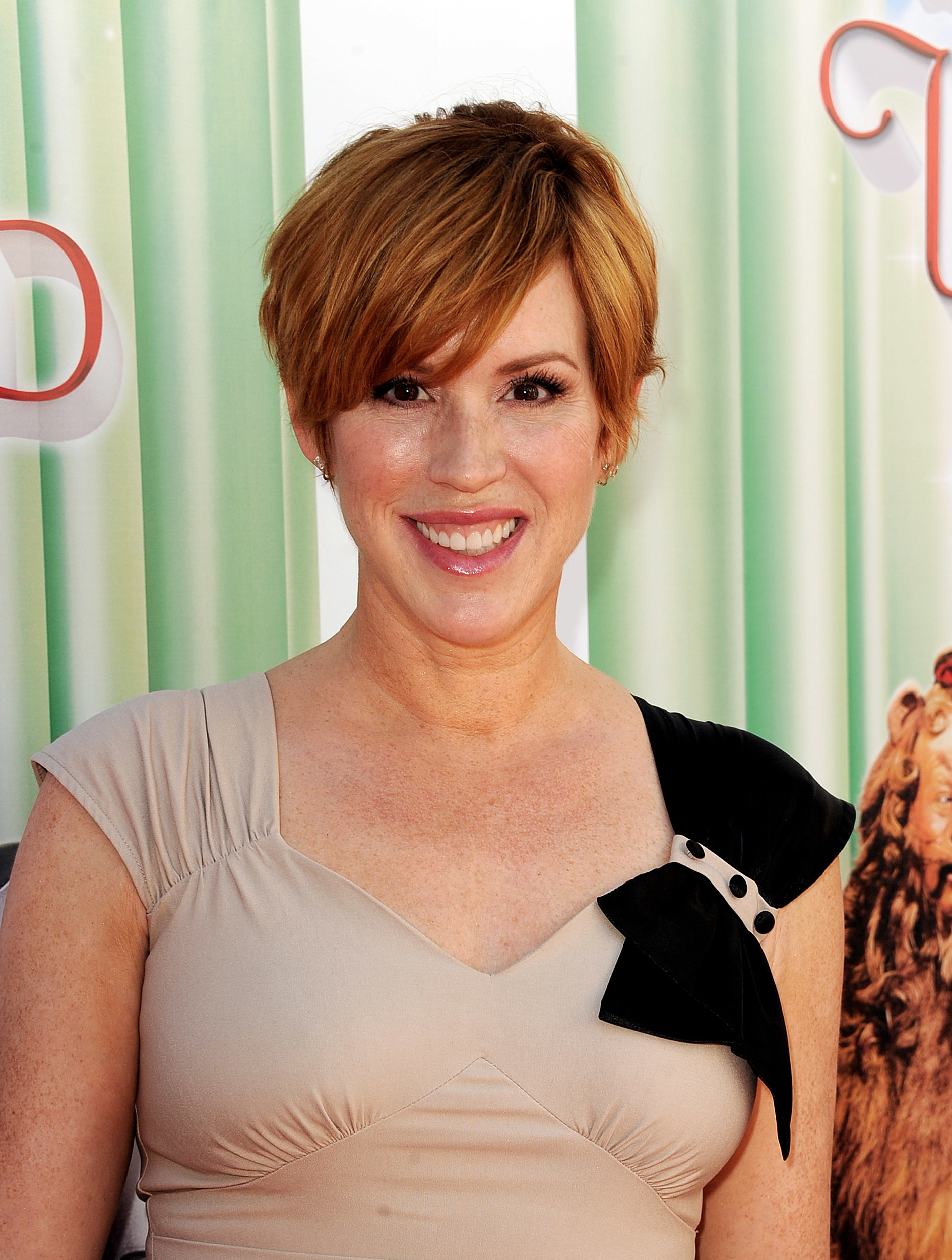 Actress Molly Ringwald Heading To Aberdeen Next Month FILE